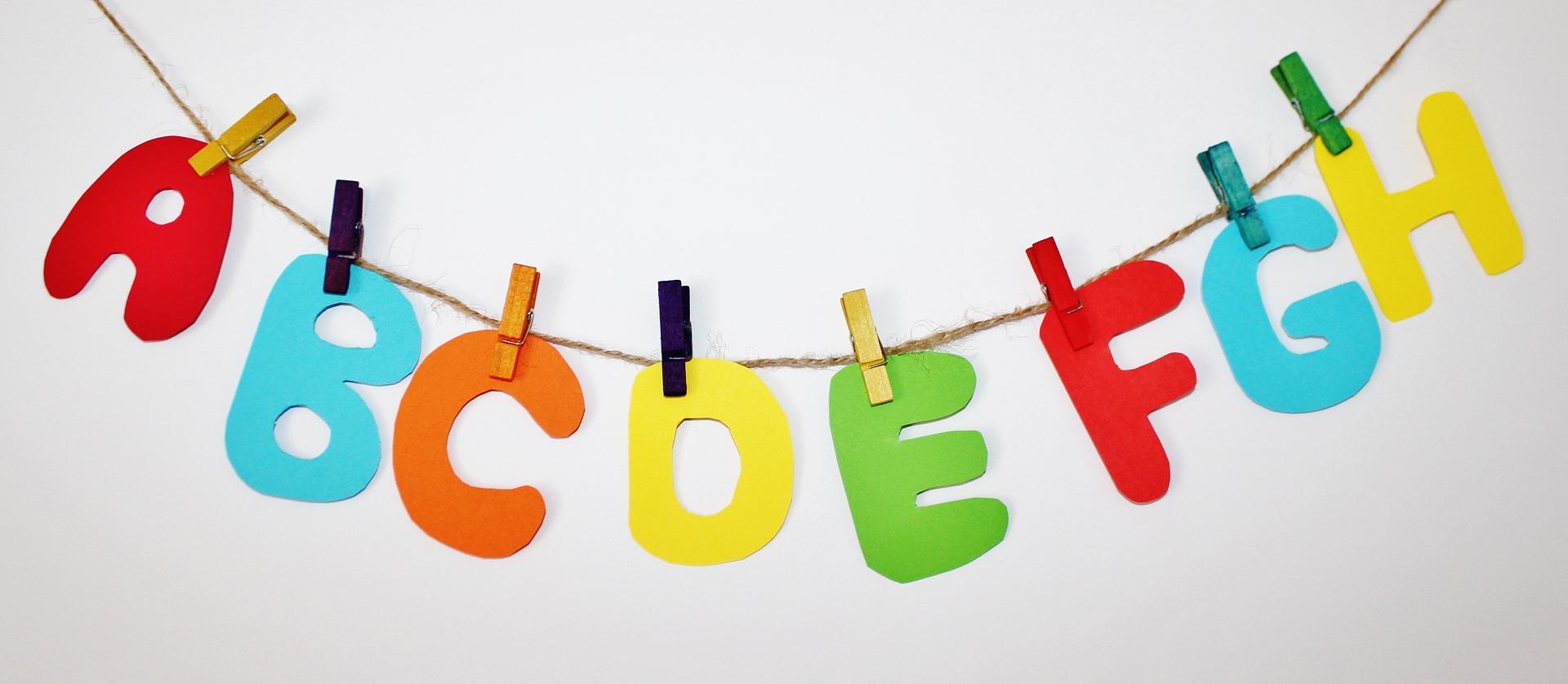 Formation en garderie et aide-éducateur